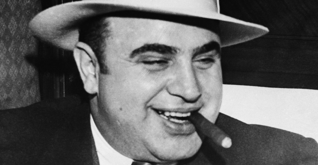 alphonse gabriel al capone from obscurity to chicago outfit boss